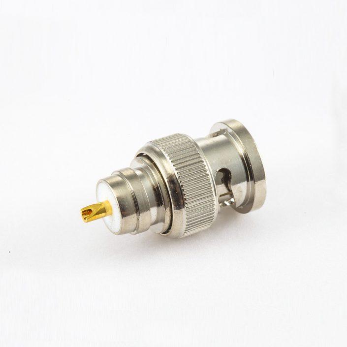 BNC连接器公头直式螺母安装式座子
